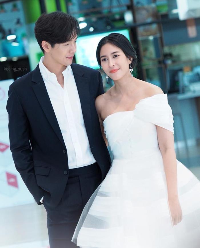 4 cặp đôi trai tài gái sắc của điện ảnh Thái Lan đã chứng tỏ: Yêu càng lâu thì càng đậm sâu ảnh 4