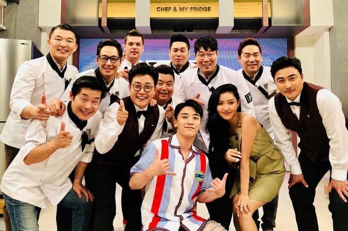 Seungri, Hwasa cùng ekip chương trình