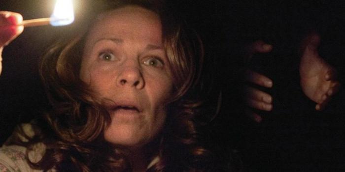 Trước khi tái ngộ ma sơ Valak, hãy điểm lại những khoảnh khắc đáng sợ nhất của 'The Conjuring' ảnh 4