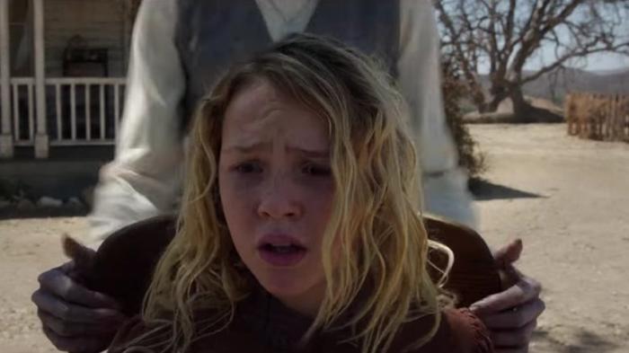 Trước khi tái ngộ ma sơ Valak, hãy điểm lại những khoảnh khắc đáng sợ nhất của 'The Conjuring' ảnh 3