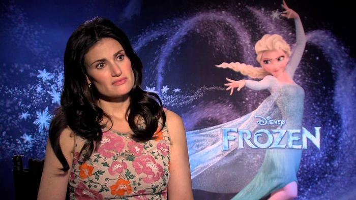Idina Menzel cũng mong muốn một câu chuyện tình yêu đẹp cho Elsa cùng một cô gái khác.
