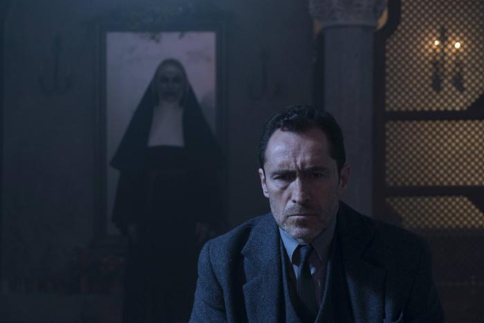 Phim The Nun mở màn với 131 triệu USD toàn cầu, đứng đầu doanh thu của Vũ trụ kinh dị The Conjuring ảnh 5