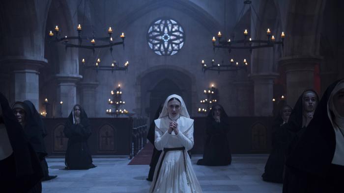 Phim The Nun mở màn với 131 triệu USD toàn cầu, đứng đầu doanh thu của Vũ trụ kinh dị The Conjuring ảnh 4
