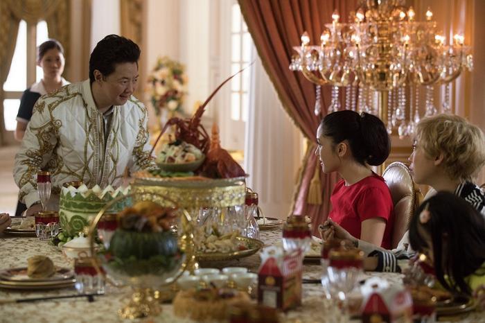 """Gia đình của Peik của khá kiểu mẫu châu Á: đông con, đề cao giáo dục, thích """"con nhà người ta"""", luôn muốn khách ăn nhiều."""