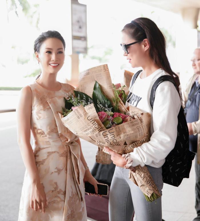 Hoa hậu Paris Vũ cho biết, Maria Mogsolova rất thân thiện, cởi mở.