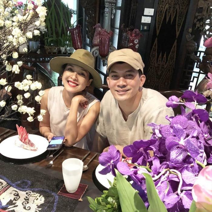 Tài tử Ken Theeradeth vướng nghi án ngoại tình với HLV The Face Thái Cris Horwang, phản bội vợ lớn hơn 7 tuổi