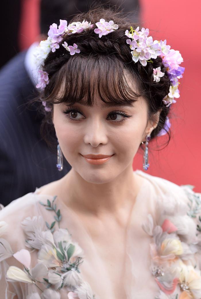 """Không còn là nữ diễn viên được nhắc đến với tên """"a hoàn Kim Tỏa"""", Phạm Băng Băng đã trở thành """"Thiên hậu"""" của riêng mình."""