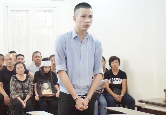Bị cáo thành khẩn khai báo tại phiên tòa.