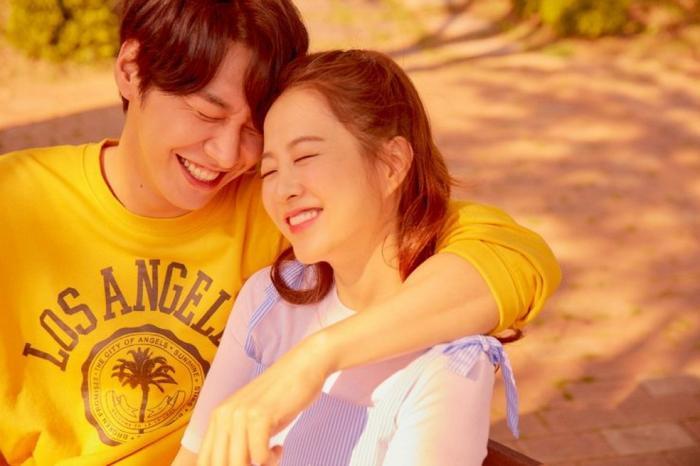 Một mối tình đầu đẹp khiến người xem tìm được thấy mình đâu đó trong phim.