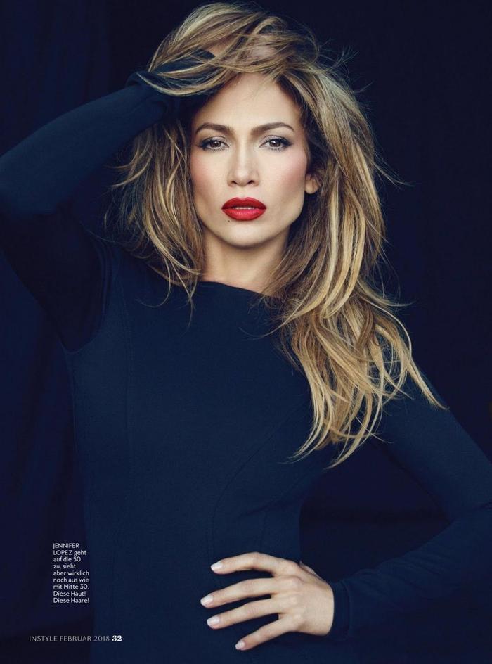 Thay lòng đổi dạ nhanh như cắt, chỉ có thể là Jennifer Lopez