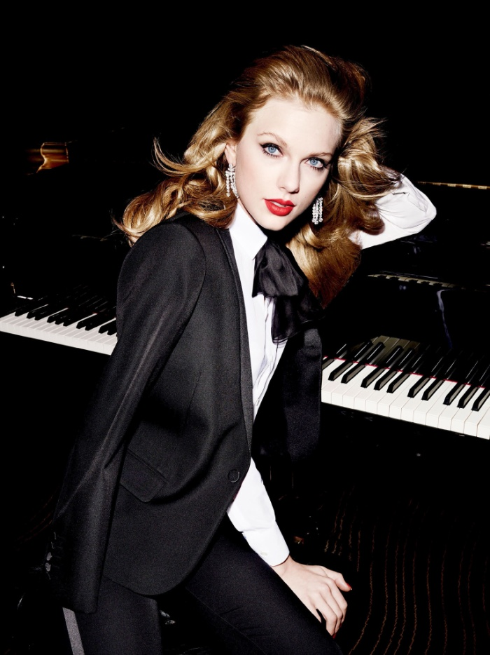 Hiện đang áp đảo số phiếu, Taylor Swift đang vượt qua rất nhiều đối thủ chung bảng đề cử.