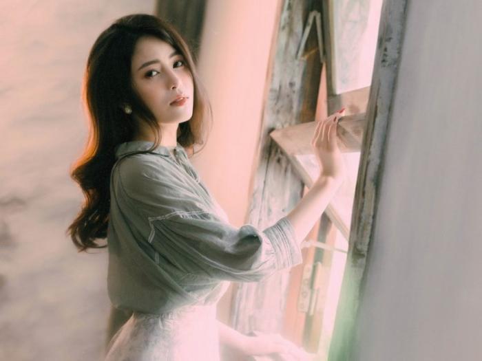 Hình ảnh xinh đẹp của Ngọc Ánh trong MV Sai một li.