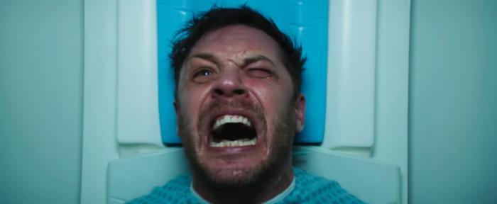 Diễn xuất miễn chê của nam chính Tom Hardy.