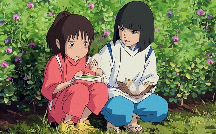 Chihiro lạc vào thế giới linh hồn kì lạ và đã tìm về được nhờ vào sự giúp đỡ nhiệt thành của Haku.