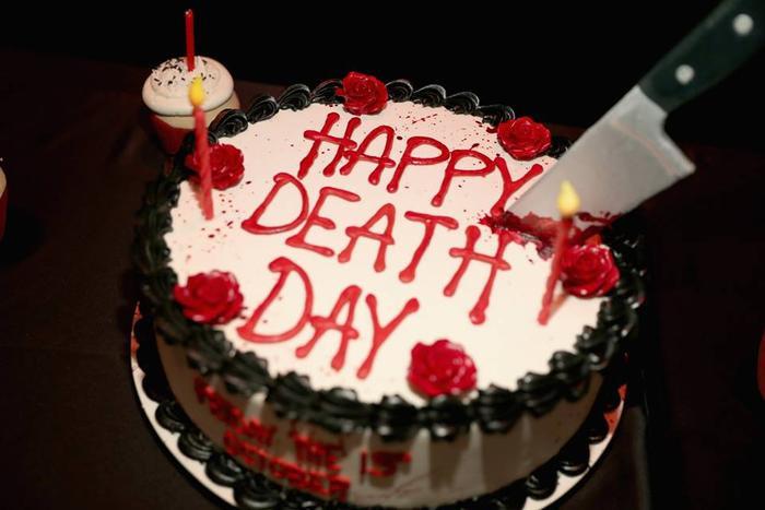 Happy Death Day 2U tung tấm poster đầu tiên: Kịnh dị, hài hước và đẫm máu hơn rất nhiều! ảnh 1