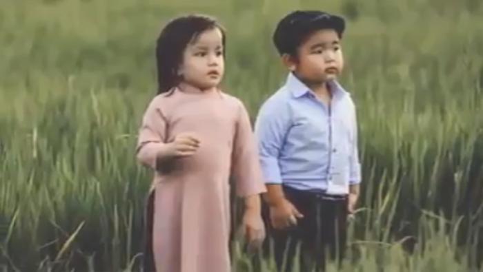 Fan Mỹ Tâm 'rụng rời' với hình ảnh 'cưng không để đâu cho hết' trong version nhí 'Đừng hỏi em'