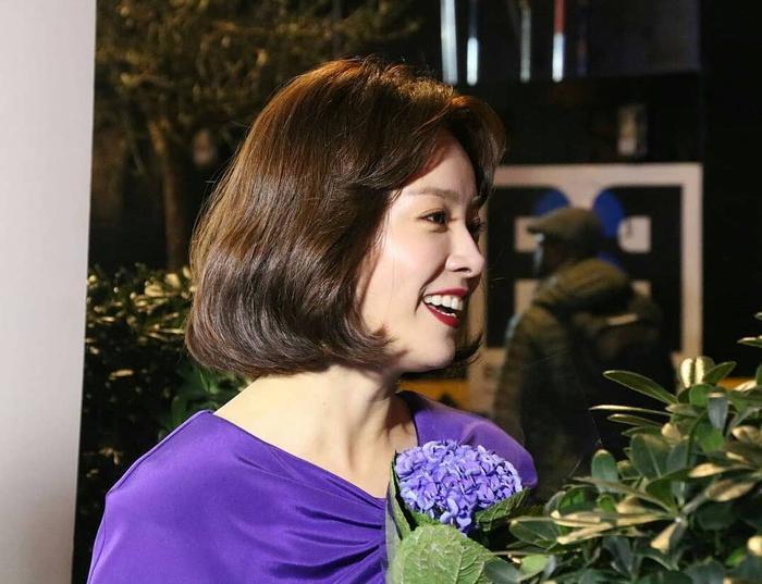 Kim Yoon Seok - Han Ji Min thắng giải Nam/nữ diễn viên xuất sắc nhất tại 'LHP Đông Á ở London 2018'