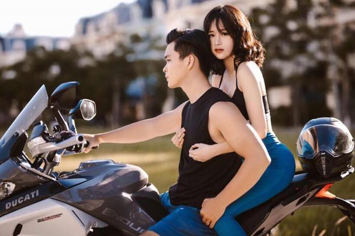 Chuyện tình ngọt như đường của cặp đôi sinh viên gymer khiến ai cũng muốn xách mông lên và đi tập! ảnh 0