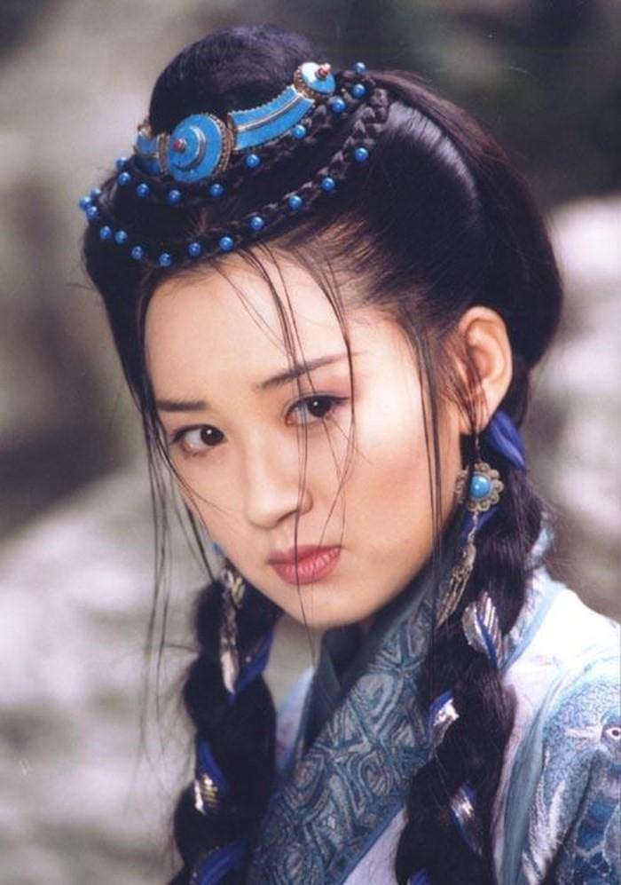 13 bông hồng tuyệt sắc giai nhân trong loạt phim võ thuật của Kim Dung (P.1) ảnh 10