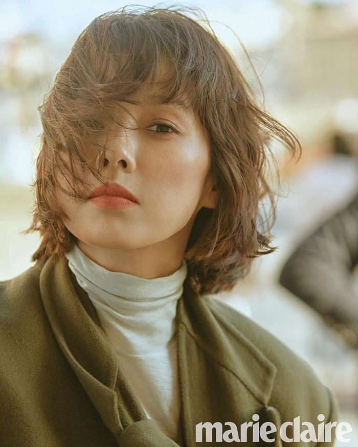 20 năm đã trôi qua, Lee Hyori tóc nâu môi trầm làm fan xốn xang 'Yêu lại từ đầu' ảnh 9
