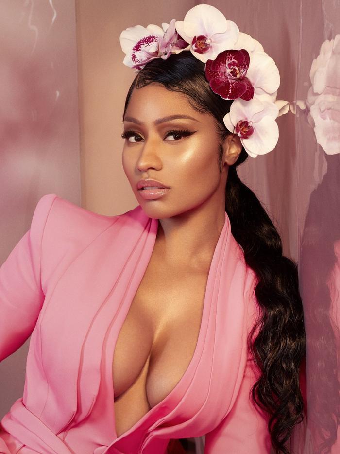 Nicki Minaj từng càn quét làng nhạc với rất nhiều sản phẩm gây sốt.