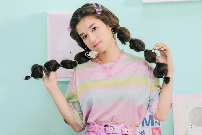 """Hoàng Yến Chibi vẫn luôn gắn liền với hình ảnh cô công chúa """"kẹo ngọt"""" trong sản phẩm mới."""