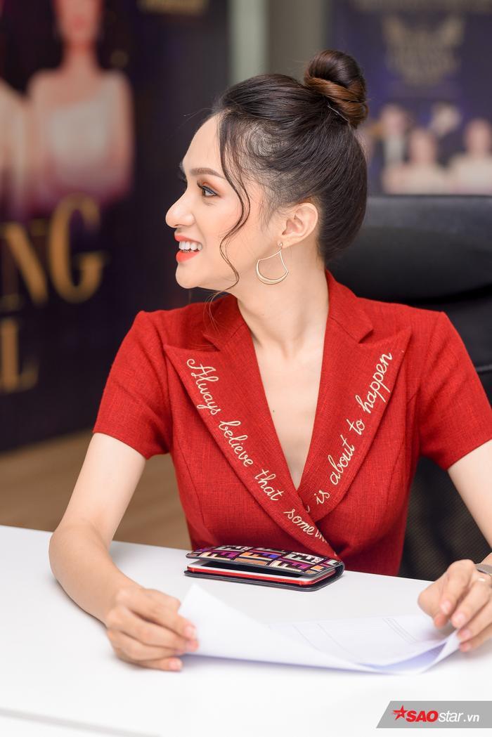 Đây là dự án tâm huyết tiếp theo của Hương Giang với vai trò đương kim Hoa hậu Chuyển giới Quốc tế.