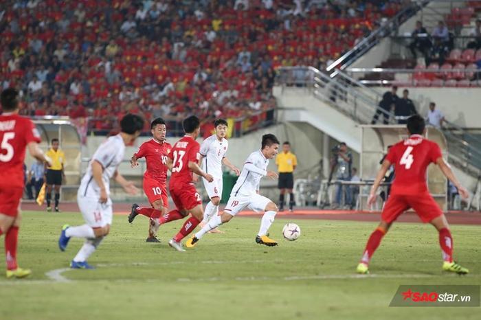 Quang Hải ghi bàn thứ 3 cho ĐTVN. Ảnh: LT