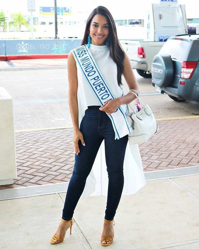 Hoa hậu Thế giới Puerto Rico 2018 Dayanara Martínez năm nay 25 tuổi, cao 1m72. Dayanara Martínez là một thạc sĩ sinh học, đồng thời có nguyện vọng tiếp tục theo học tập để trở thành một bác sĩ. Ngoài ra, cô còn là người mẫu