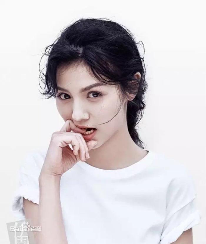 Đạt được Thị hậu Kim Ưng, Địch Lệ Nhiệt Ba sánh ngang với Ảnh hậu Kim Mã  Châu Đông Vũ, đứng đầu thành tích tiểu hoa 9X ảnh 5