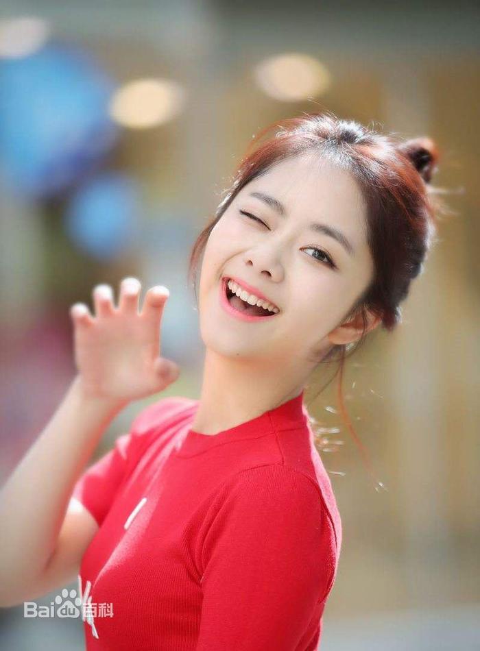 Đạt được Thị hậu Kim Ưng, Địch Lệ Nhiệt Ba sánh ngang với Ảnh hậu Kim Mã  Châu Đông Vũ, đứng đầu thành tích tiểu hoa 9X ảnh 20
