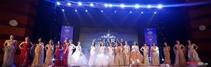 Toàn cảnh 20 thí sinh tham gia đêm chung kết