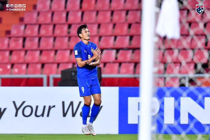 Kraisor ghi 6 bàn cho Thái Lan ngay trận mở màn AFF Cup 2018.
