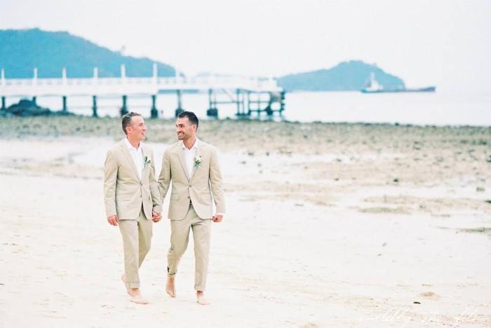 Phuket luôn tuyệt đẹp trong mắt mọi người và tô điểm cho không ít hôn lễ trọng đại