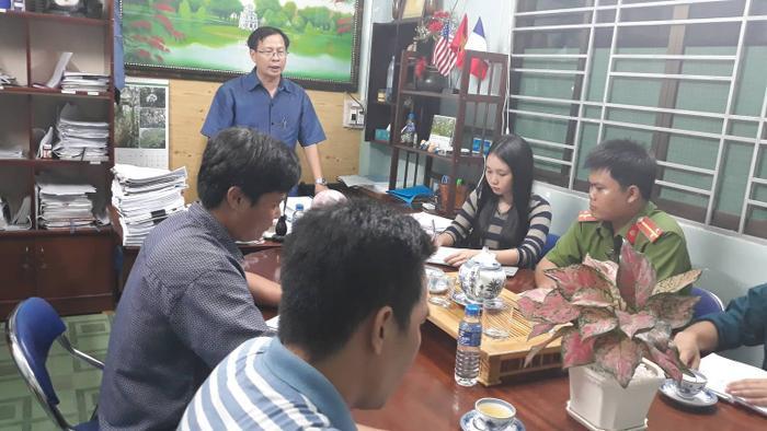 Lãnh đạo UBND huyện Cần Giờ triển khai phương án sơ tán hơn 4.000 người tại đây.