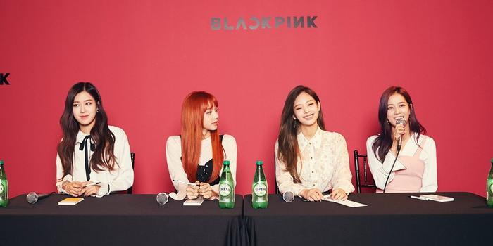 BlackPink cũng đã xác nhận tham dự chương trình.