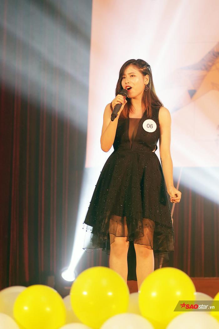 Trần Ngọc Anh - cô sinh viên Luật Hà Nội từng đạt giải Ba tại cuộc thi hát tiếng Anh Flyin' Emotion 2016 khoe cá tính âm nhạc rất độc đáo qua ca khúc You and I