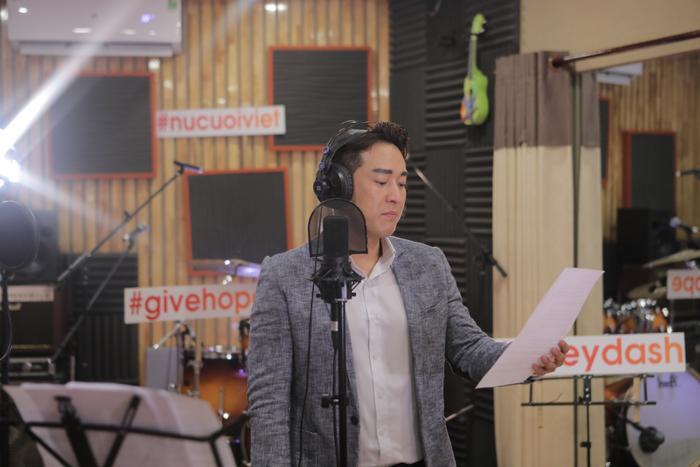 Hứa Vĩ Văn quyết định trở lại với âm nhạc trong dự án thiện nguyện.