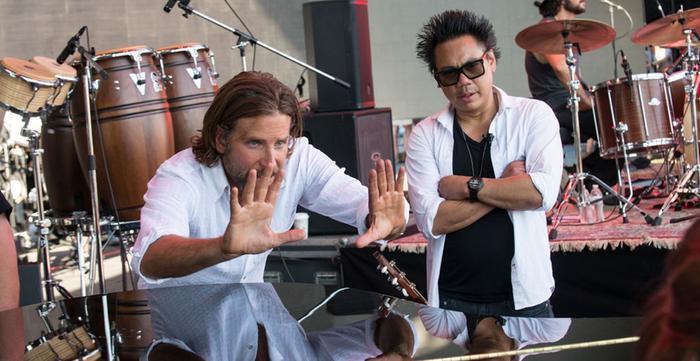 Bradley Cooper là đạo diễn của A Star Is Born.