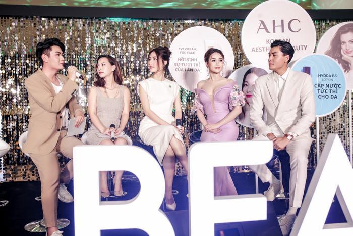 Dàn sao Việt cùng nhau chia sẻ bí quyết chăm sóc da tại sự kiện của thương hiệu mỹ phẩm AHC ảnh 4
