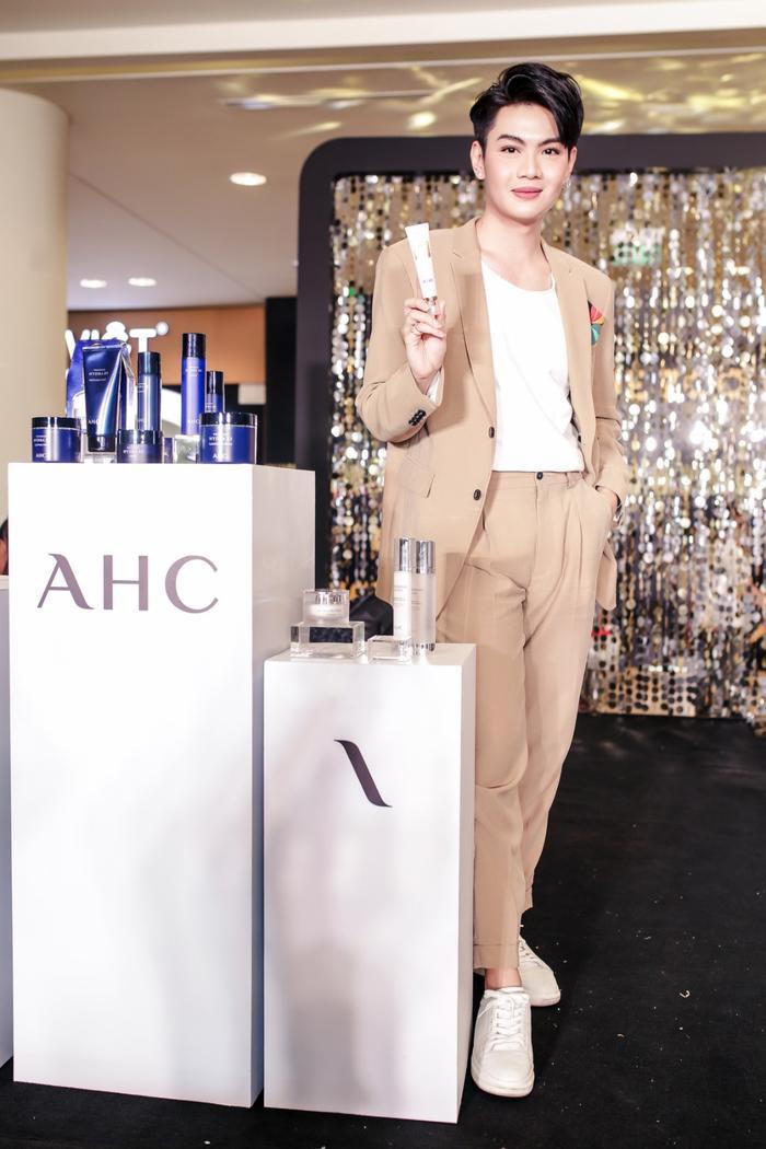 Dàn sao Việt cùng nhau chia sẻ bí quyết chăm sóc da tại sự kiện của thương hiệu mỹ phẩm AHC ảnh 6