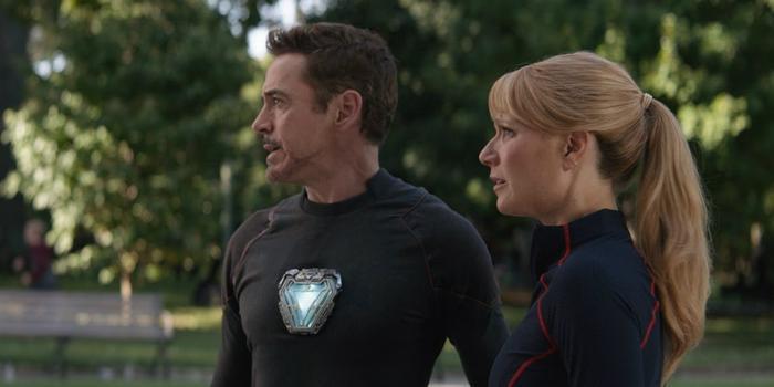 """Tony Stark và Pepper Pottes trong """"Infinity War""""."""