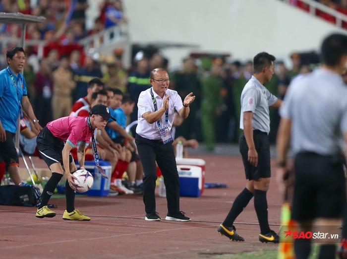 HLV Park Hang Seo cực giỏi về đấu pháp và chiến thuật ở AFF Cup 2018.