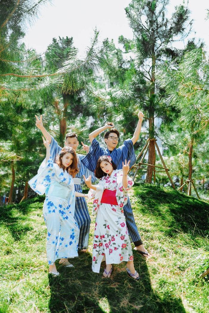 Là sinh viên ngành ngôn ngữ Nhật nên không có gì lạ khi các bạn chọn trang phục Yukata để chụp ảnh.