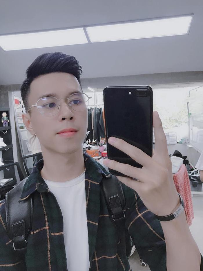 Chàng trai bỗng nhiên nổi như cồn vì gương mặt y chang 'Trọng ỉn' của U23 Việt Nam