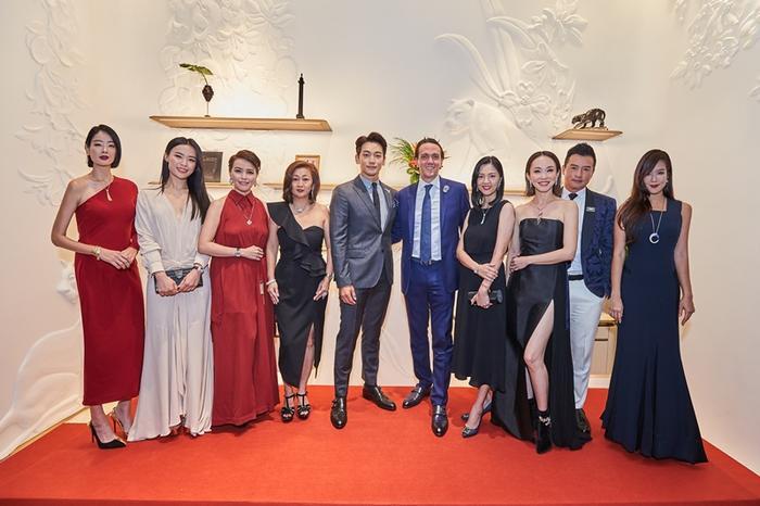 Bi Rain bên cạnh các nhân vật tiếng tăm hàng đầu ở Singapore