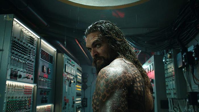 Chuyện tình của cha mẹ Aquaman khiến khán giả liên tưởng đến 'Huyền thoại biển xanh' của Lee Min Ho và Jun Ji Hyun