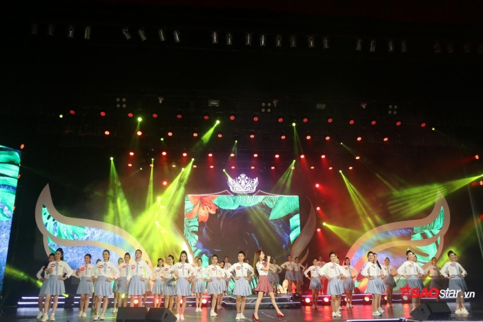 20h tối nay (16/12), Đêm chung kết Hoa khôi Sinh viên Việt Nam 2018 chính thức diễn ra tại Nhà hát Trưng Vương, Đà Nẵng.