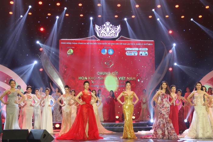 Đêm thi Chung kết diễn ra tại Đà Nẵng với sân khấu quy mô, chuyên nghiệp như một cuộc thi Hoa hậu.