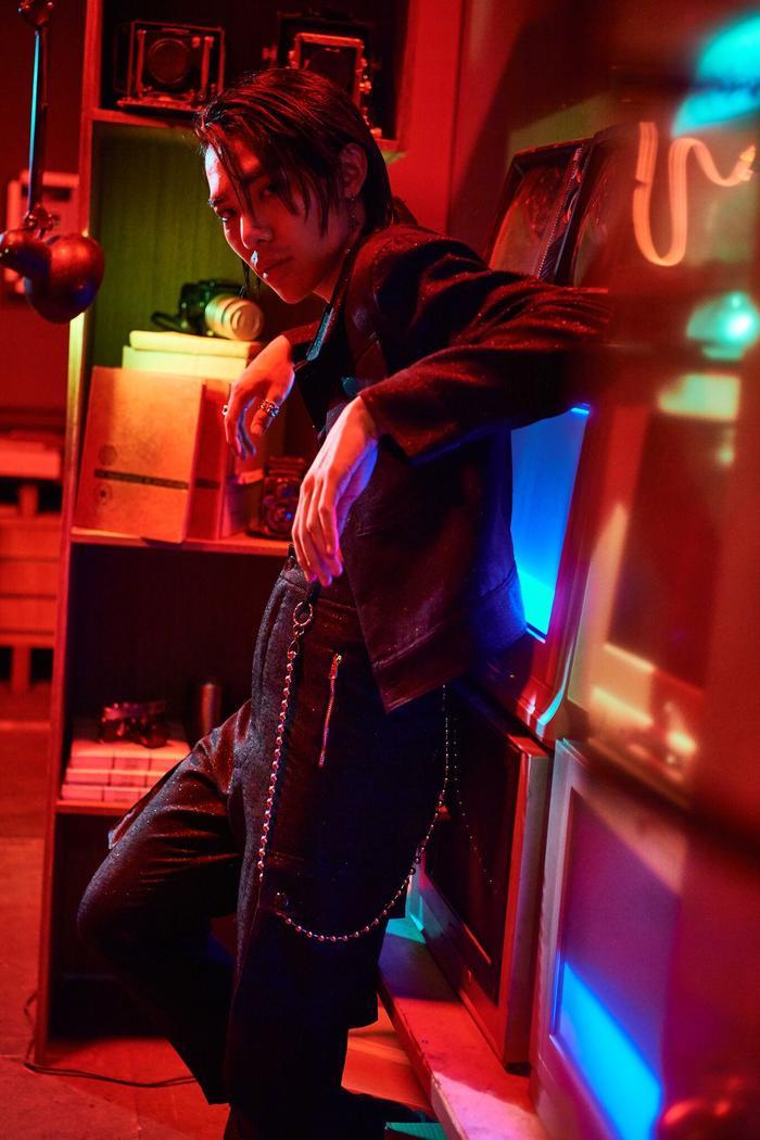 Hình ảnh Erik trong MV Đừng có mơ.